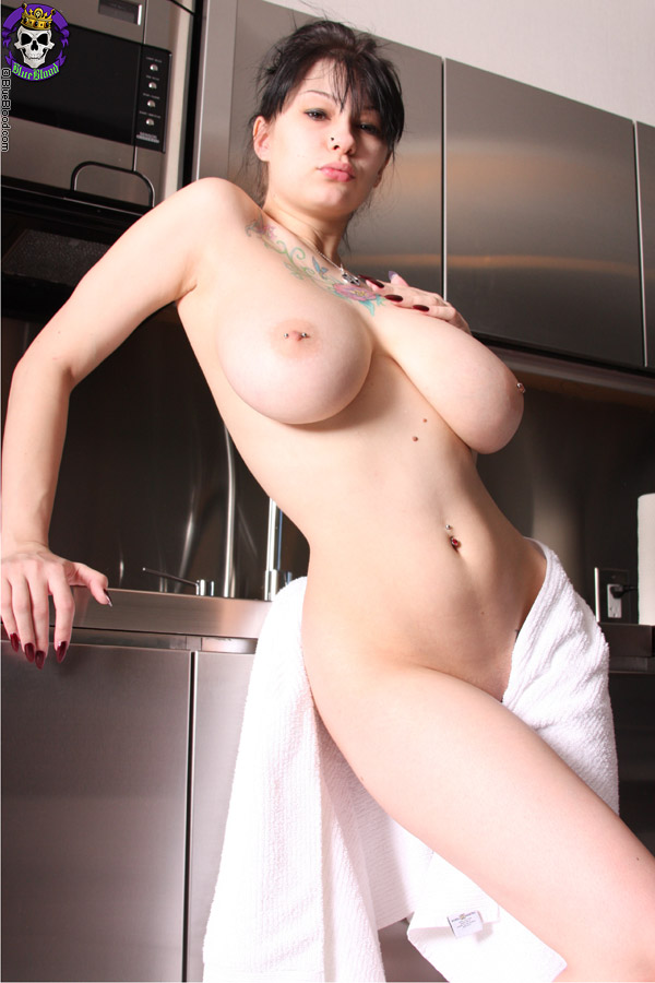 Nude Pix HQ Sexo en grupo video